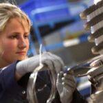 {:tr}Rolls-Royce утроит sayıda hizmet merkezleri